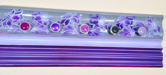 Recycled wall coat rack crown molding jewelry storage /scarf hanger necklace organizer wood wall hanging boho bedroom decor 5 colorful knobs