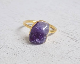 Minimalist Amethyst Ring, Raw Amethyst Ring, Size 8, Crystal Ring, Gemstone Ring, Small Purple Stone Ring, Christmas Gift For Her, R2-124