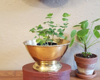 "Vintage brass round 8"" pedestal planter.  Simple brass pedestal bowl with brass faux bamboo edge."