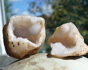Keokuk Sparkling Rough Geode, Complete Natural Crystal Geode