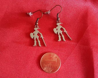 Zelda charm earrings. Link silhouette game lover gift. Nintendo jewelry. Ocarina of Time. Breath of the Wild