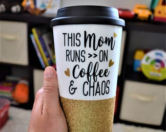 Mom Coffee Tumbler // 16oz Plastic Coffee Tumbler with Lid // This mom runs on Coffee and Chaos // Gift for New Mom // Glitter Travel Mug
