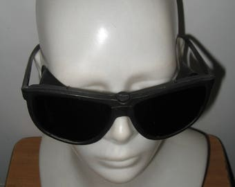 Vintage Soviet Protective Goggles.Original packaging.Technical certificate.