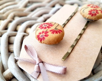 Red Floral Button Hair Grip
