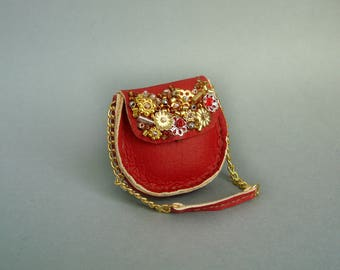 Fashion Royalty, Barbie Red leather bag, embellished
