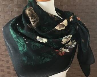 Vintage Perry Ellis Scarf, Vintage Large Square Scarf, Flower Print Designer Scarf, Vintage Accessories, Fashion Accessories,Imperfect Scarf