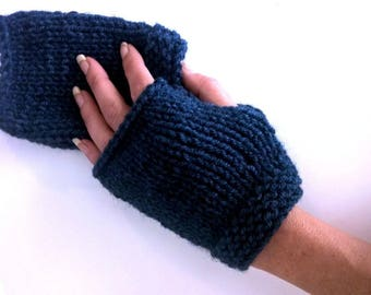 Fingerless gloves dark blue chunky wool woman girl is hand knit mesh
