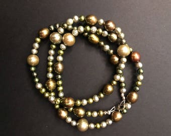 Shades of Green Freshwater Pearls Necklace/Bracelet
