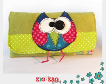"""OWL"" (20x10cm) Apple phone or glasses case"