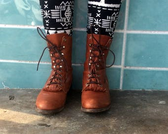 sz 9D vintage justin boots,caramel brown leather  lace up granny combat boots