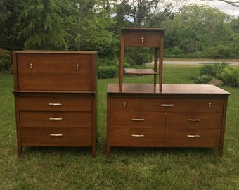 Mid Century Modern Drexel Profile, Bedroom Set, 3 Pieces, REFINISHING  PROJECT, Dresser
