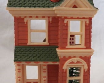 1984 Hallmark Nostalgic Houses & Shops #1 - Victorian Dollhouse - QX4481