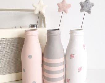 Set of three hand painted mini milk bottles with felt star flowers - shabby chic rustic home / party wedding decor / new home gift