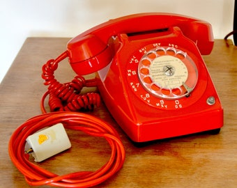 red vintage telephone rotary dial phone, 1973, french vintage