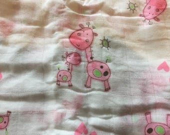 Double gauze swaddle, Muslin swaddle baby blanket, pink giraffe baby blanket, swaddle blanket, newborn, light weight, giraffes swaddle lovey
