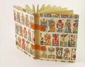 Carnet de voyage ou grimoire, thème des cartes de tarot, format A6, reliure copte, feuilles kraft, carnet de voyance, carnet de notes