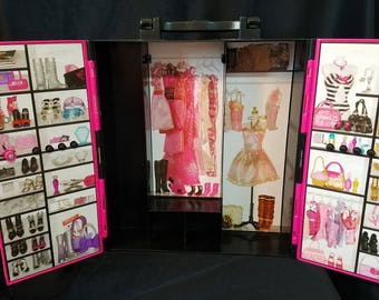 1990's Barbie Closet/Wardrobe/Storage for Clothing and Accessories