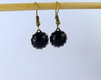 """""""Black agate"""" cabochon and bronze earrings"""