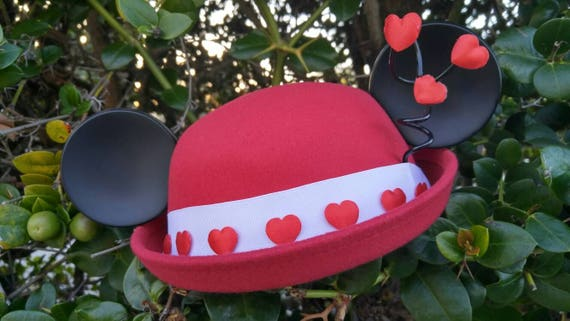 Mickey Valentines hat. Minnie Heart Ears. Minnie Mouse Ears. Red and White Minnie Hat. Minnie Hat.