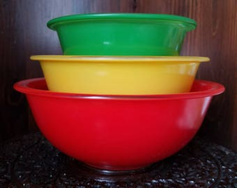 Vintage Pyrex Clear Bottom Primary Mixing Bowl Set of (3) 322 323 325