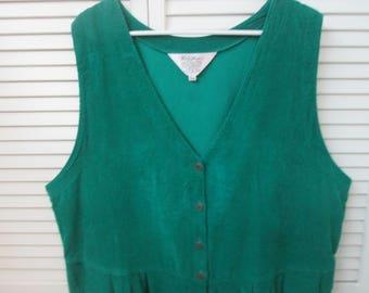 Vintage green cotton corduroy jumper dress. Plus size 20. Plus size cotton corduroy V neck jumper dress. Green corduroy jumper dress size 20