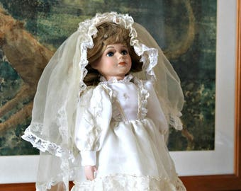Collectible doll Vintage doll Bridal doll Girl doll Porcelain Doll Handcrafted doll English doll Edwardian style 70s Bridal gift Girl gift
