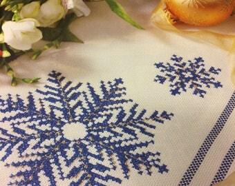 Christmas Table Cloth & Runner Cross Stitch Chart