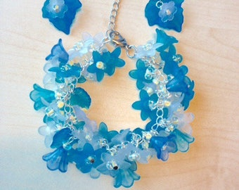 Bracelet one thousand flowers blue and white and matching earrings