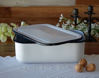 "Vintage rectangular enamel bowl with lid - Large - Storage bowl - White and black enamel - Rustic Bowl - 12 ""x8"" x4 """