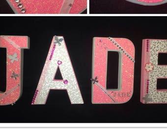 On demand customizable cardboard letters