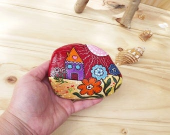 Painted rock beautiful home decoration rustic style folk art Christmas gift anniversary garden decor Australian stone village houses flowers