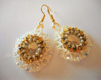 Earrings woven with Swarovski crystals and glass beads