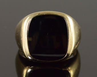 10k Black Onyx Inset Ring Gold