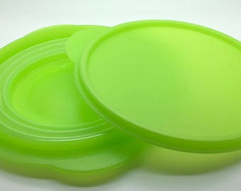 Tupperware  Flat Out Collapsible Expandable Space Saver Bowl 5452 5454 Lime Green  3 Cups 700 ml Lunch Brown Bag
