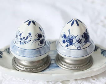 Vintage Delft Blue Salt & Pepper Shaker Set with Tray, Handpainted, Holland