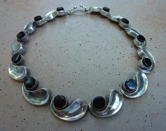 Gorgeous Vintage Antonio Pineda of Taxco Mexico Sterling Silver 970 Black Onyx Comma Necklace