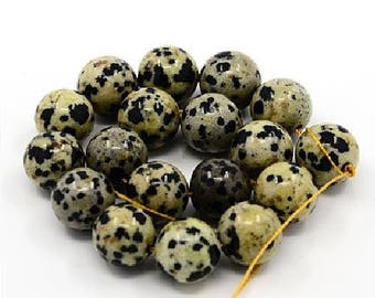 31 natural pearls 6 mm Dalmatian Jasper