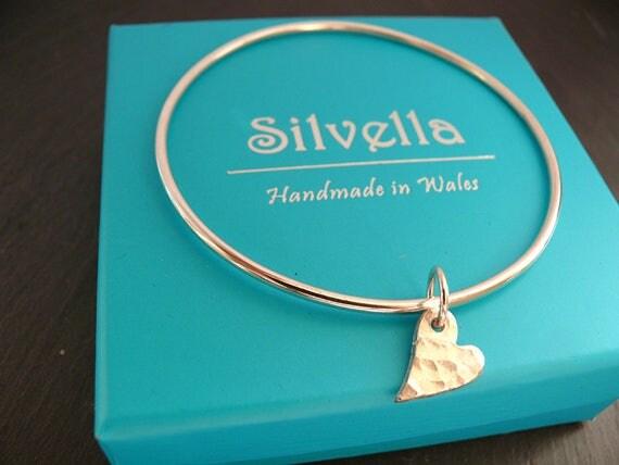 Sterling Silver Hammered Modern Heart Bracelet - Handmade in Wales - Gift for Her - Silver Bracelet