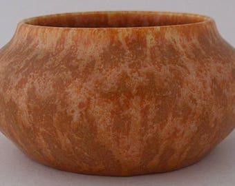 Pilkingtons Royal Lancastrian Vase / Pot - British Art Pottery