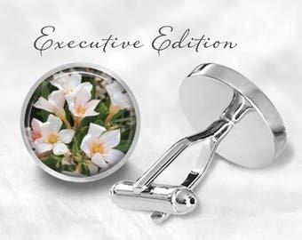 White Flower Cufflinks - Flowers Cuff Links - Floral Cufflink (Pair) Lifetime Guarantee (S0973)