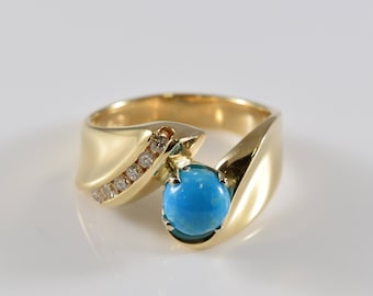 14K Yellow Gold Turquoise and Diamond Ring Size 7