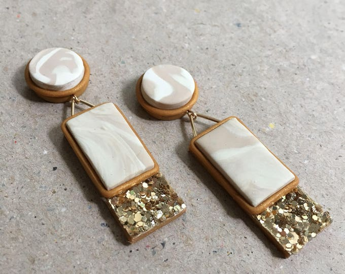 CLASSIC DROP STUDS// Handmade white and cream marbled drop studs with gold glitter trim and wire work