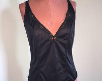 VINTAGE 80's Black Lace Trim Camisole // Retro // Lingerie