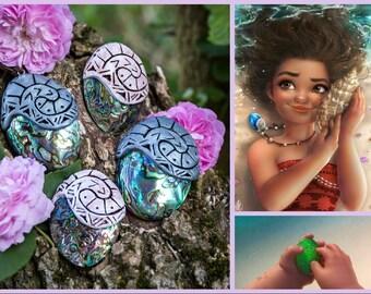 Moana Disney heart of te Fiti necklace/V Heart of You Fiti necklace/Heart of te Fiti in clay/Heart of Te Fiti in Fimo/
