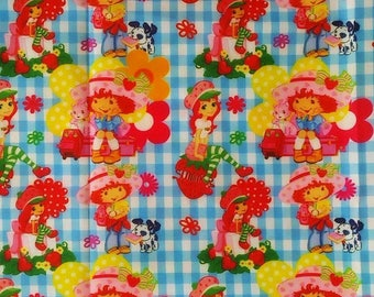 """Tissu Coton imprimé thème """"charlotte aux fraises """""""