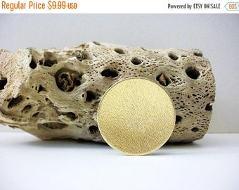 ON SALE Vintage 1950s Brushed Gold Tone Scarf Clip Pin Brooch 70616
