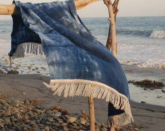Luscious Linen Shibori Throw Blanket in Indigo