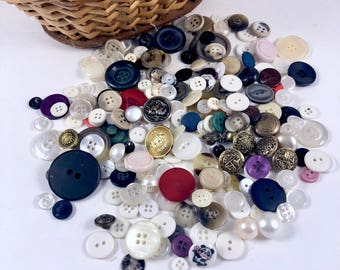 Vintage Buttons, Assorted Colors, Random Lot of Vintage Buttons, 4 oz. Buttons for Craft Project, Sewing, Craft Supplies, Kids Crafts