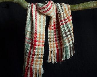 Sjaal, zijde en alpaca. Handgeweven. Zacht soepel en warm.