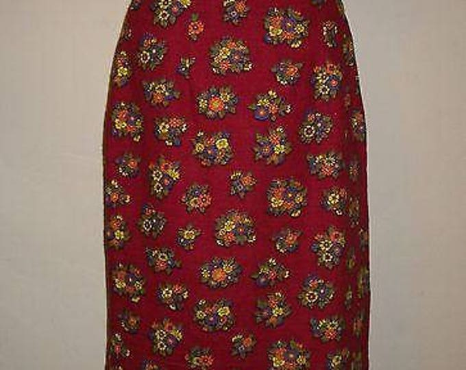 Vintage 70s 80s Red Cotton Floral Flowers Womens Handmade A-Line Fitted Knee Length Skirt S
